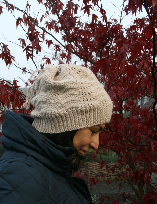 Slouchy lace hat and cowl 160 4