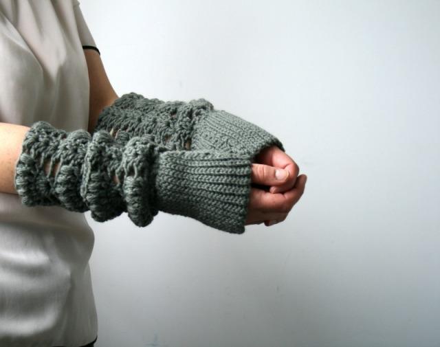 Luz Patternsdotcom Lace arm warmer 163 5
