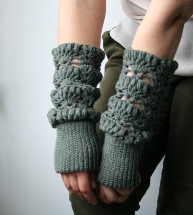 Luz Patternsdotcom Lace arm warmer 163 9