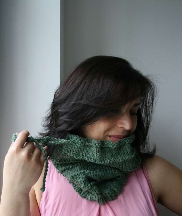 Slouchy green hatcowl 03 05 blog