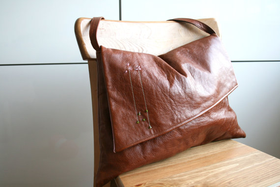 LuzPatterns.com leather bag with embroidery 4