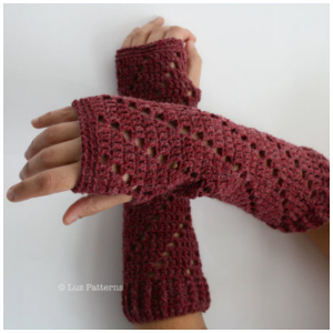 LuzPatterns.com red arm warmer