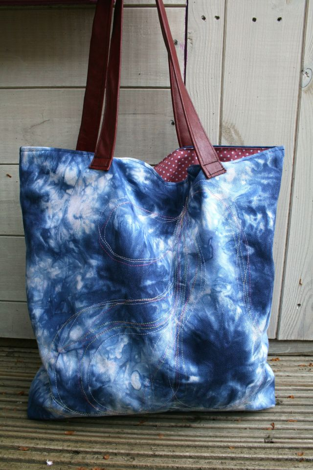 LuzPatterns.com denim bag with leather handles sewing tutorial 1