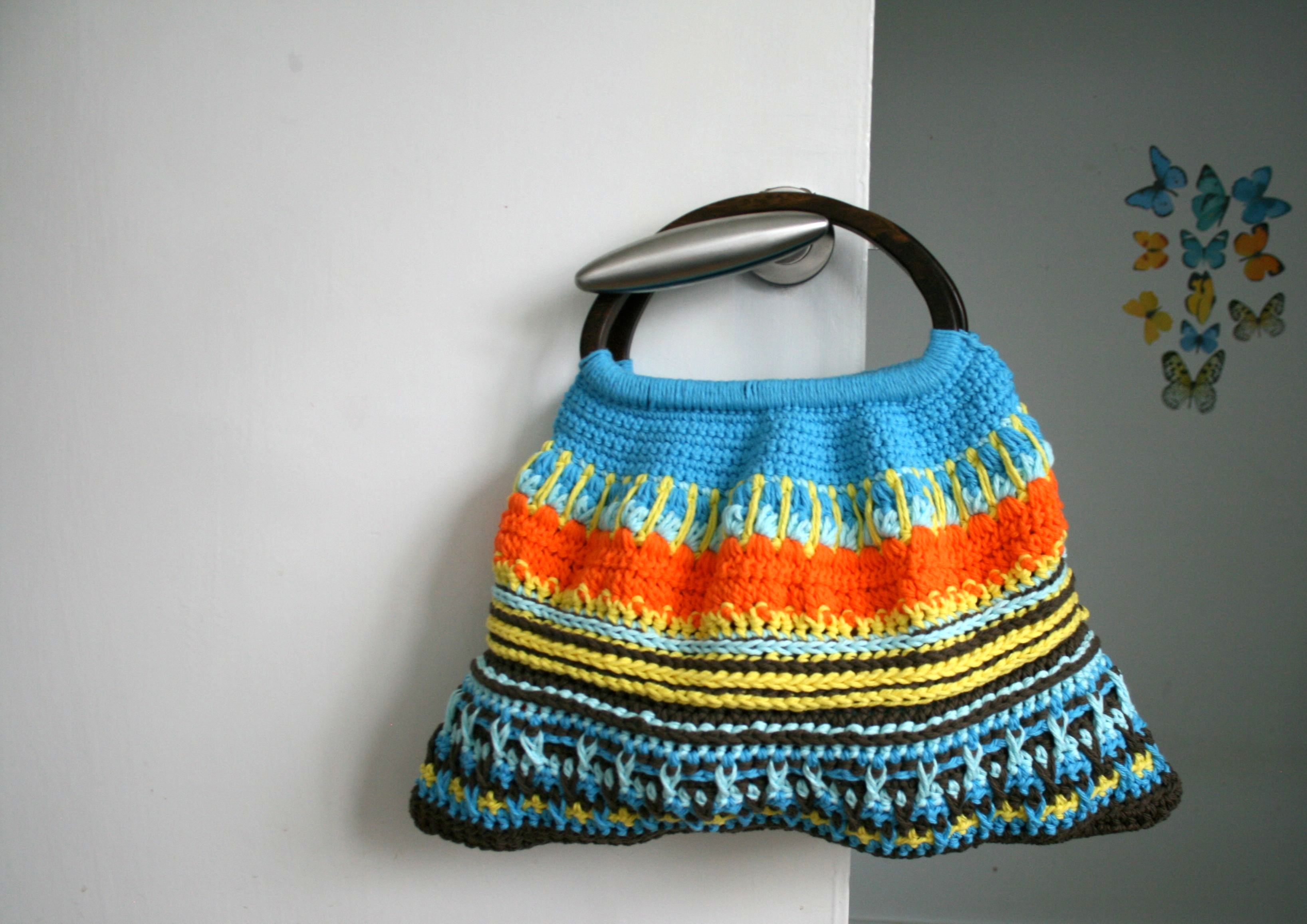 Wooden handle retro crochet purse pattern only $3! - Luz Patterns