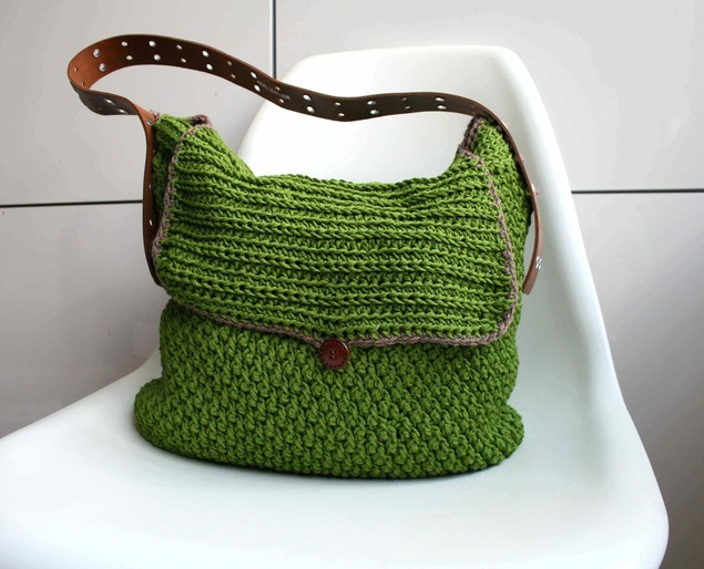 LuzPatterns.com_Leather_handle_carry_all_crochet_purse_178_1_20