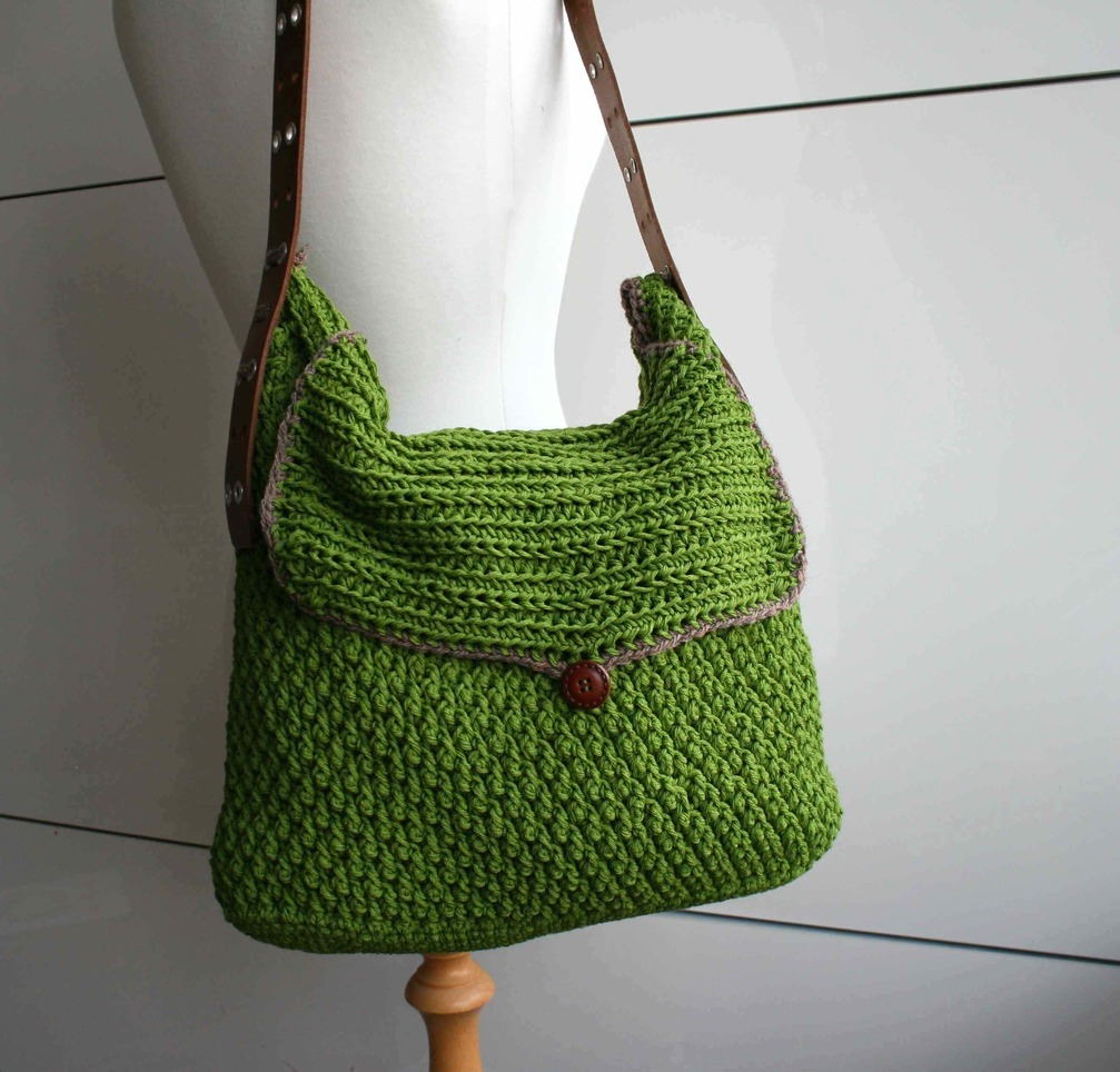 Crochet Bag Handles : LuzPatterns.com_Leather_handle_carry_all_crochet_purse_178_2_38