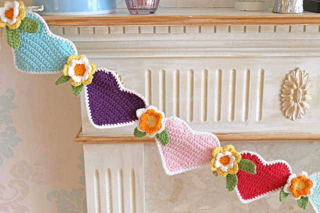 heart crochet bunting