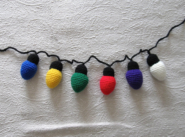 light bulb crochet garland