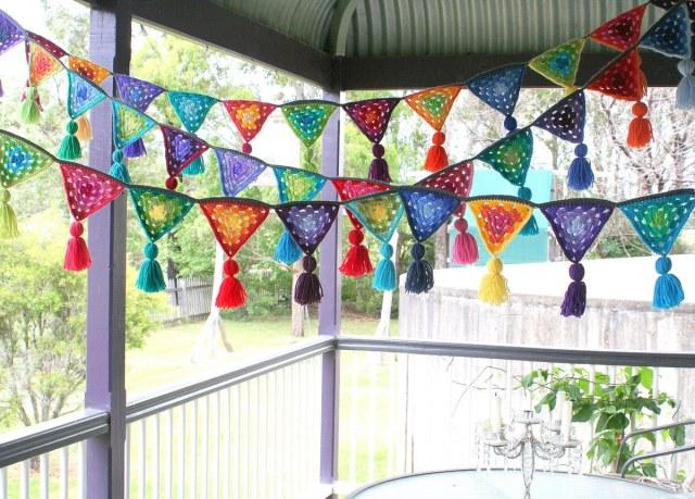 yard crochet bunting