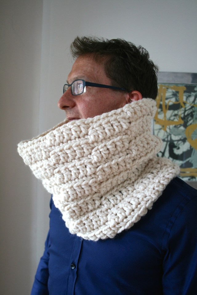 Luz_Patterns_Super_Chunky_cowl_188_11_30