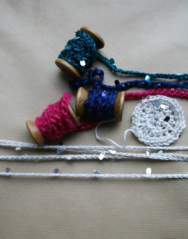 LuzPatterns.com_Crochet_Christmas_gallards_8_30