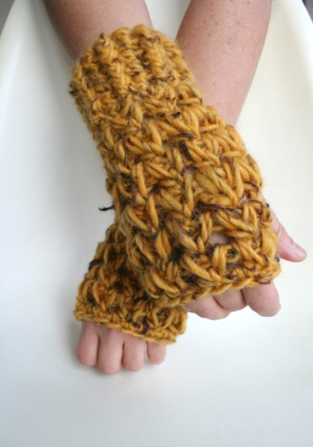 Super Chunky fingerless gloves 198 1
