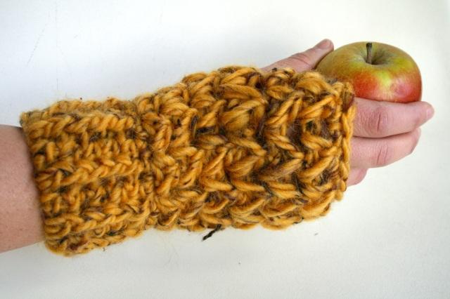 Super Chunky fingerless gloves 198