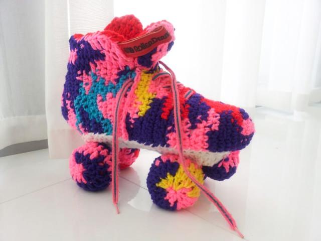 LuzPatterns.com roller blades shoes by Olek