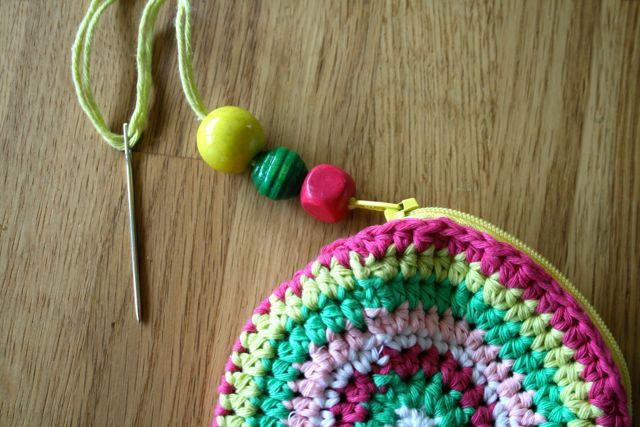 LuzPatterns.com Free crochet purse pattern 15