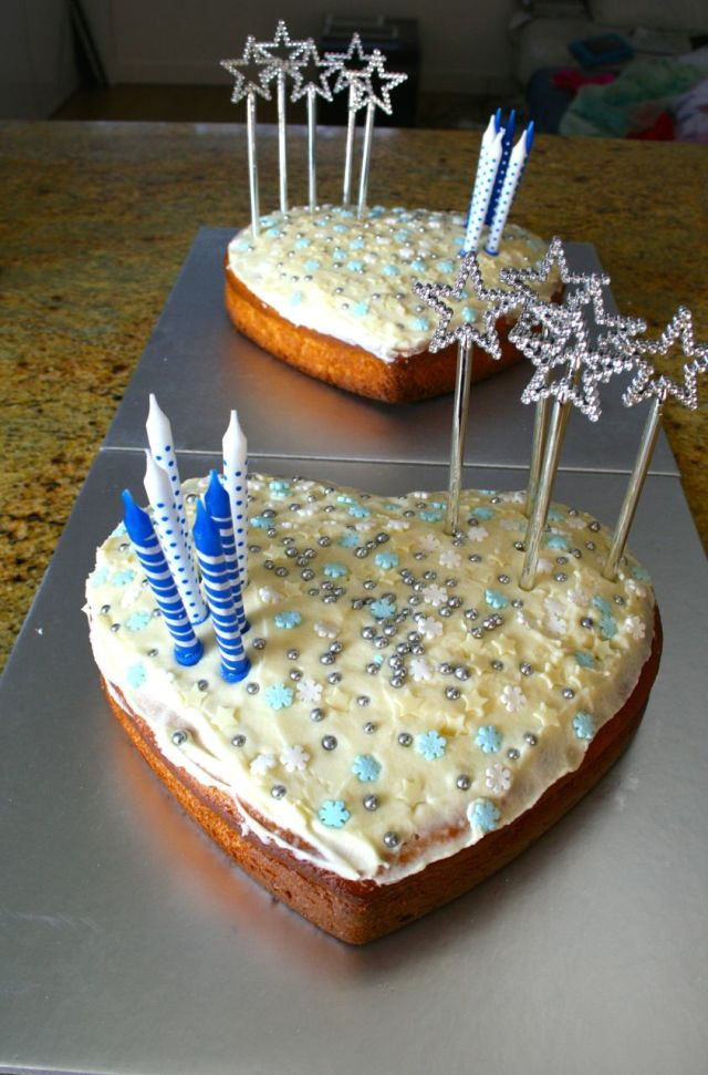 LuzPatterns birthday cake olive oil frozen themed